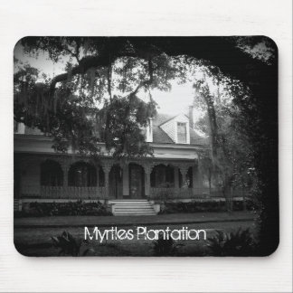 Myrtles Plantation in black and white Mouse Pad
