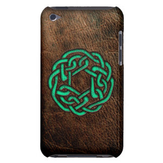 Mystic green celtic knot on leather iPod Case-Mate case
