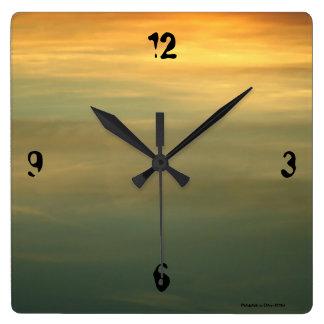 Mystic lake clock