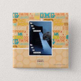 Na na na nooom 15 cm square badge
