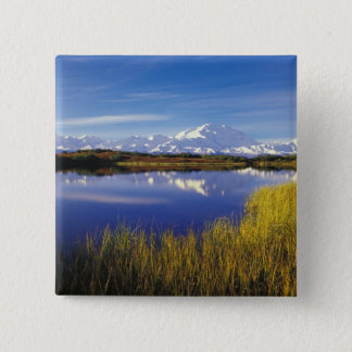 NA, USA, Alaska, Denali NP Mt. McKinley in 15 Cm Square Badge
