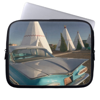 NA, USA, Arizona, Holbrook Route 66, Wigwam 2 Laptop Sleeve