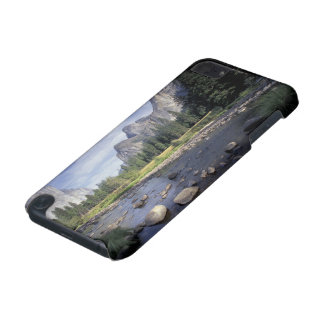NA, USA, California, Yosemite NP, Valley view iPod Touch 5G Case
