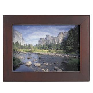 NA, USA, California, Yosemite NP, Valley view Keepsake Box