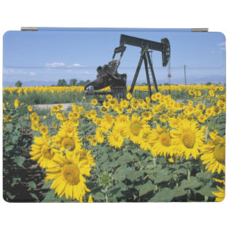 Na, USA, Colorado, Sunflowers, Oil Derrick iPad Cover