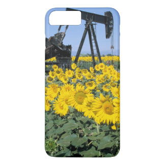 Na, USA, Colorado, Sunflowers, Oil Derrick iPhone 8 Plus/7 Plus Case