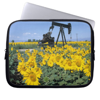 Na, USA, Colorado, Sunflowers, Oil Derrick Laptop Sleeve