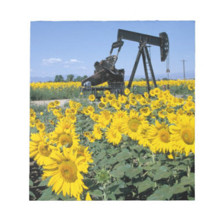 Na, USA, Colorado, Sunflowers, Oil Derrick Notepad