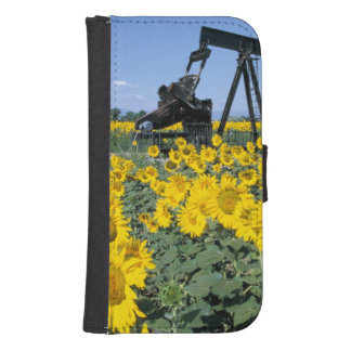 Na, USA, Colorado, Sunflowers, Oil Derrick Samsung S4 Wallet Case