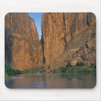 NA, USA, Texas, Big Bend National Park. Rio Mousepad