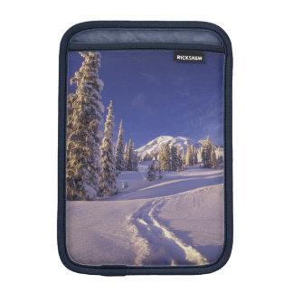 NA, USA, Washington, Mt. Rainier NP, Snowshoe iPad Mini Sleeve