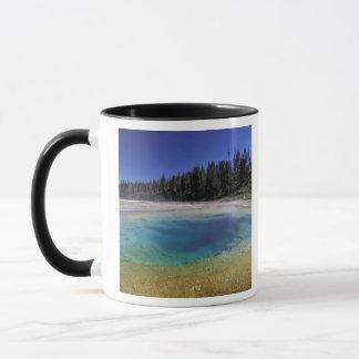 NA, USA, Wyoming, Yellowstone National Park. 2 Mug
