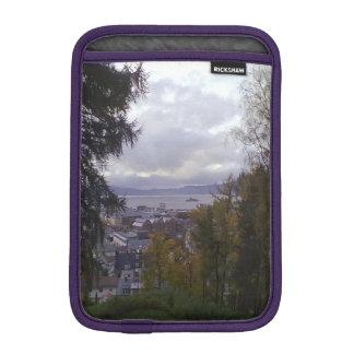 nær Kristiansten Festning utsikt 1 munkholmen.jpg iPad Mini Sleeve