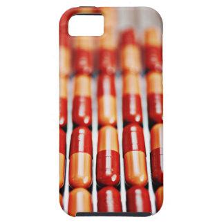 Nah oben von den Reihen der Pillenkapseln iPhone 5 Cover