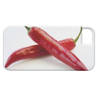 Nah oben von den roten Chili-Paprikaschoten auf We iPhone 5 Case