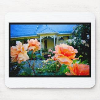 Naik Michel Photography - Hortensia House Garden O Mouse Pad