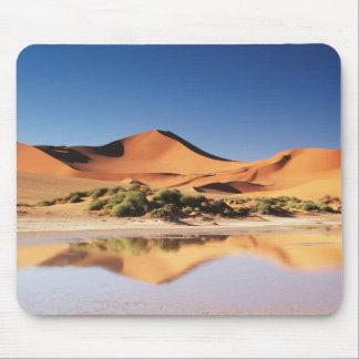 Namibia, Sossusvlei Region, Sand Dunes at desert Mouse Mat