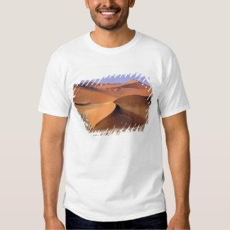 Namibia: Sossuvlei Dunes, Aerial scenic. T-shirts
