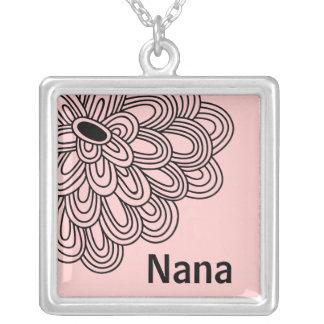 Nana Necklace Trendy Black Flower on Pink