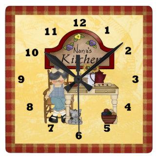Nana's Country Kitchen clock