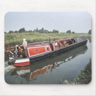 Narrowboat on the cut mouse mat