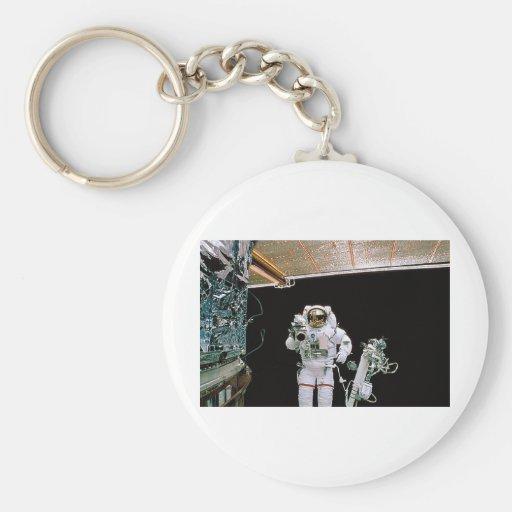 NASA EVA HUBBLE KEY CHAIN