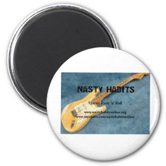nastyhabitslogo.htm_txt_1973%20fender%20stratocast 6 cm round magnet
