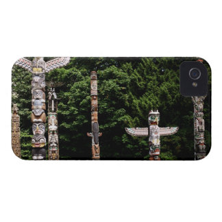 Native American totem poles, Vancouver, British iPhone 4 Cover