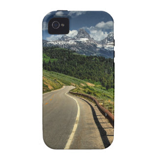 Nature Road Mountian Valley iPhone 4/4S Cover