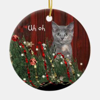 Naughty Christmas kitty Round Ceramic Decoration