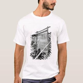 Navajo weavers, c.1914 T-Shirt