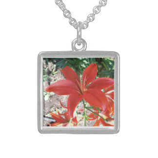 Necklace - Silver Square Red Lillie - No June 28
