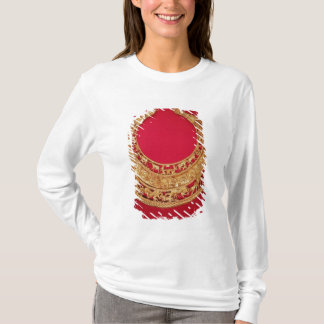 Necklace with pastoral scenes T-Shirt
