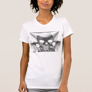 Negative Siamese Skull Sculpture With Feedback by T-shirt
