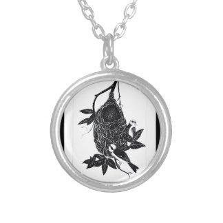 nesting 3 round pendant necklace