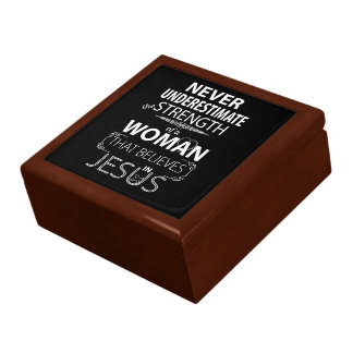 Never underestimate strength Woman Believe Jesus Gift Box