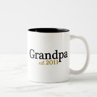 New Grandpa est 2011 Mug
