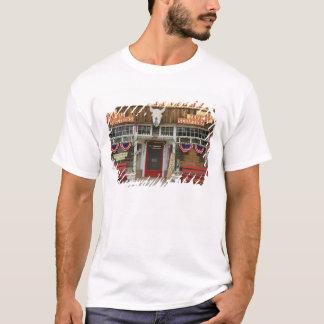 New Mexico, Cimarron. Cimarron art gallery, New T-Shirt