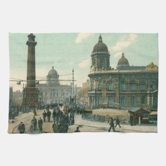 New Monument Bridge, Hull (1908) Tea Towel