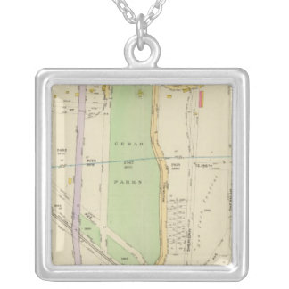 New York 37 Silver Plated Necklace