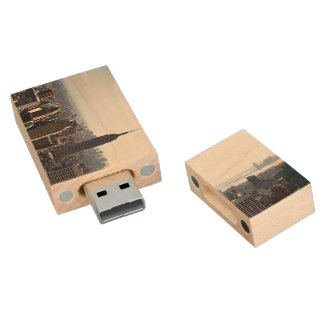 New York City empire states buidings Wood USB Flash Drive