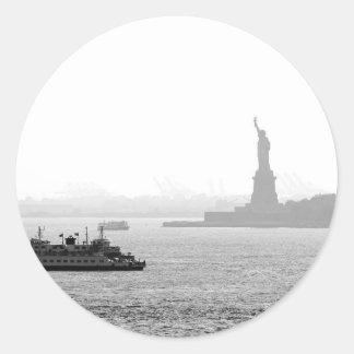 New York City Harbor - Statue of Liberty Classic Round Sticker