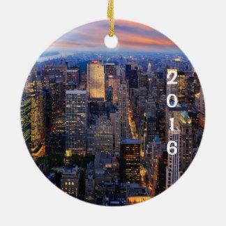 New York City Holiday Round Ceramic Decoration