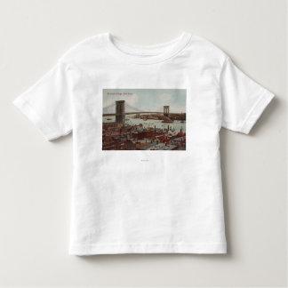 New York City, NYView of the Brooklyn Bridge Toddler T-Shirt