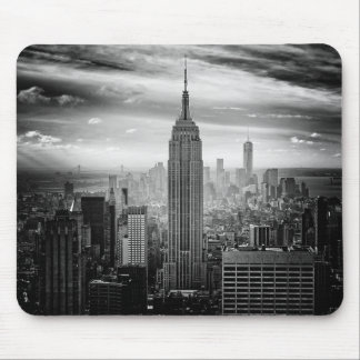 New York City skyline black and white Mouse Mat