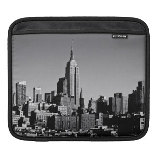 New York City Skyline in Black and White Sleeves For iPads