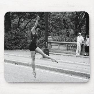 New York City Street Dancer Urban Photo Mouse Pad
