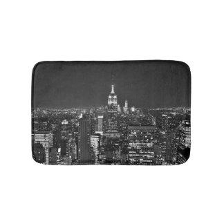 New York night skyline in black and white Bath Mats