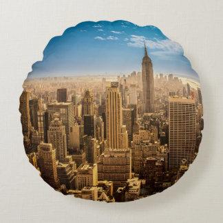 New York Round Cushion
