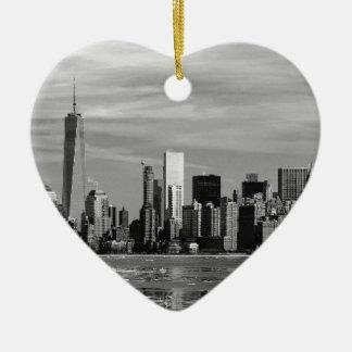 New York Silhouette Ceramic Heart Decoration